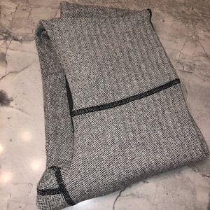 Lululemon Yoga Pant Grey/Black, Long, Size 4 NWOT